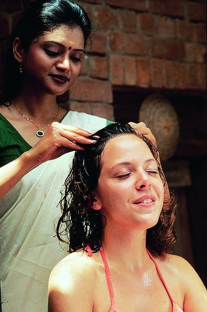 Indian-head-massage
